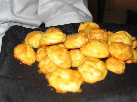 cheese popover puffs