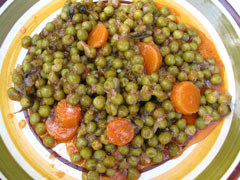 Fresh Green Peas in Tomato Sauce