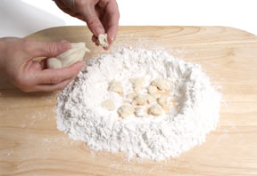 FRIENDSHIP  STARTER  DOUGH
